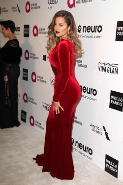 LOS ANGELES - MAR 3:  Khloe Kardashian at the Elton John AIDS Fo